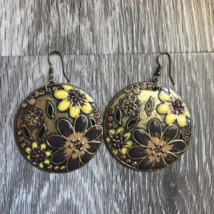 Round Floral Earring